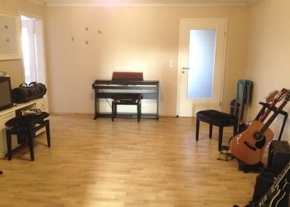 Klavier- und Gitarrenraum